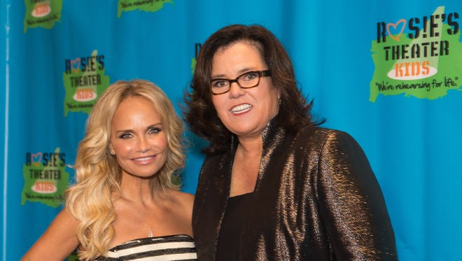 Kristin Chenoweth and Rosie O'Donnell appeared Nov. 2 at an annual fundraiser for O'Donnell's Rosie's Theater Kids.