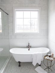 Stainless steel freestanding tub and claw-foot tubs,