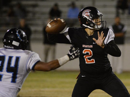 Quarterback Austin Maciel and Rio Mesa play at Oxnard