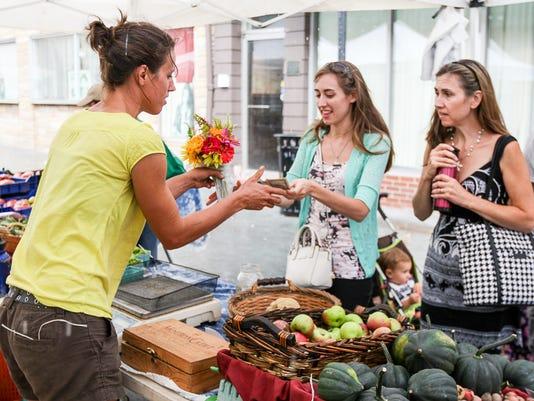 Somerville-Farmers-Market.jpg