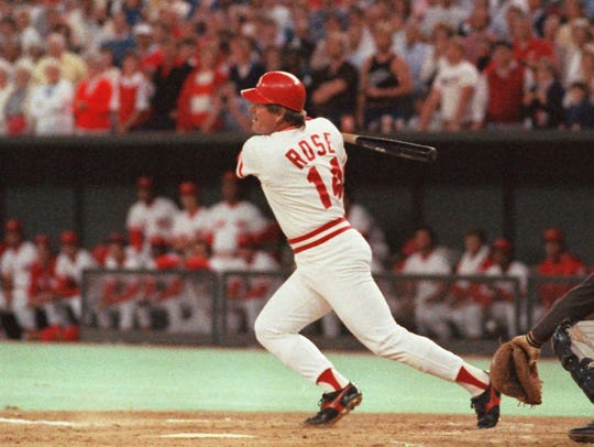 Cincinnati Reds Pete Rose  hits a line drive, Sept.11,1985,