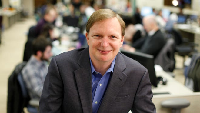 Jim Messina, President Obama's 2012 campaign manager, has assumed a leadership post at a super PAC aiding Hillary Clinton's presidential ambitions.