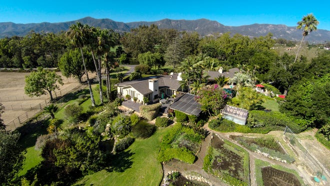 Iowa-based Sage Auctions recently sold this southern California estate to Oprah Winfrey.