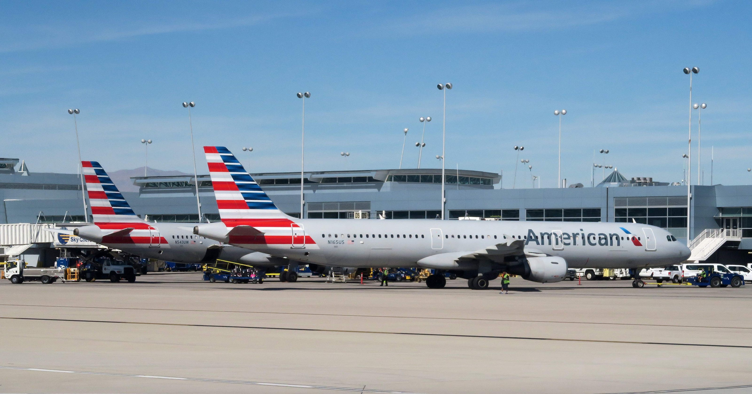 Severe Turbulence Injures 10 On American Airlines Flight