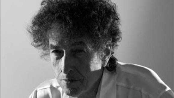 Presale tickets to see iconic singer-songwriter Bob Dylan perform live on Oct. 19 at the Abraham Chavez Theatre go on sale at 10 a.m. Thursday.