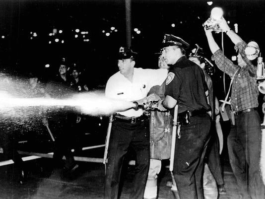Rochester Riots (29)