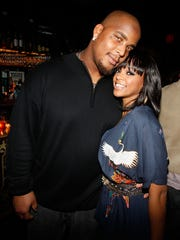 NEW YORK - DECEMBER 28:  New York Giants defensive tackle Fred Robbins and his wife Off The Market Events Co-Founder Tia Robbins attend the Off The Market Events Launch Party: Couples Only at Taj on December 28, 2009 in New York City.  (Photo by Joe Kohen/Getty Images for PR/PR)