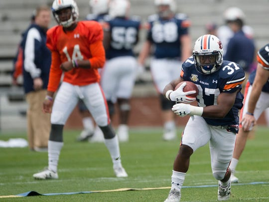Auburn runningback C.J. Tolbert (37) runs downfield during the Auburn A-Day game on Saturday, April 7, 2018, in Auburn, Ala.