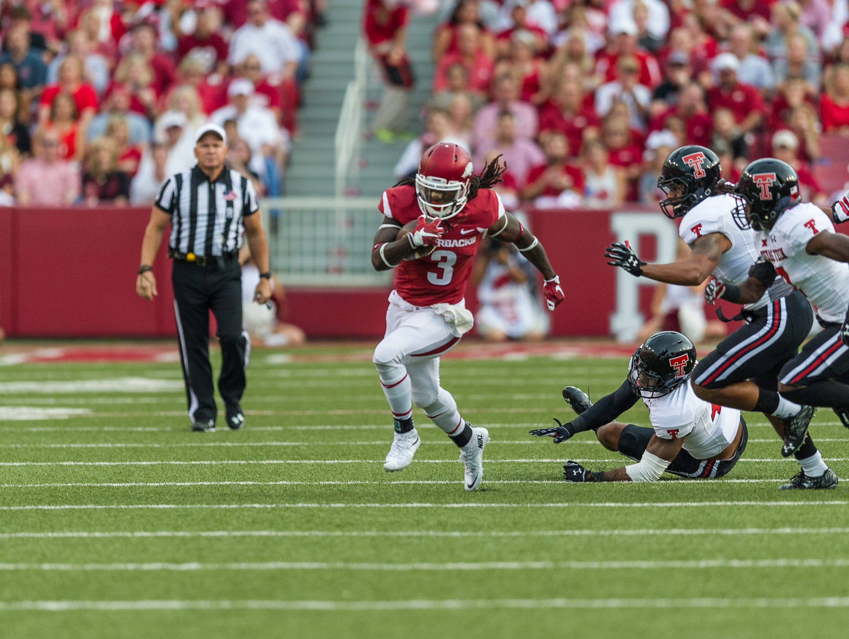 Alex Collins had 170 yards rushing on 28 carries to lead Arkansas in the loss to Texas Tech.