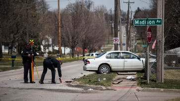 19-year-old driver killed in Des Moines collision with pickup