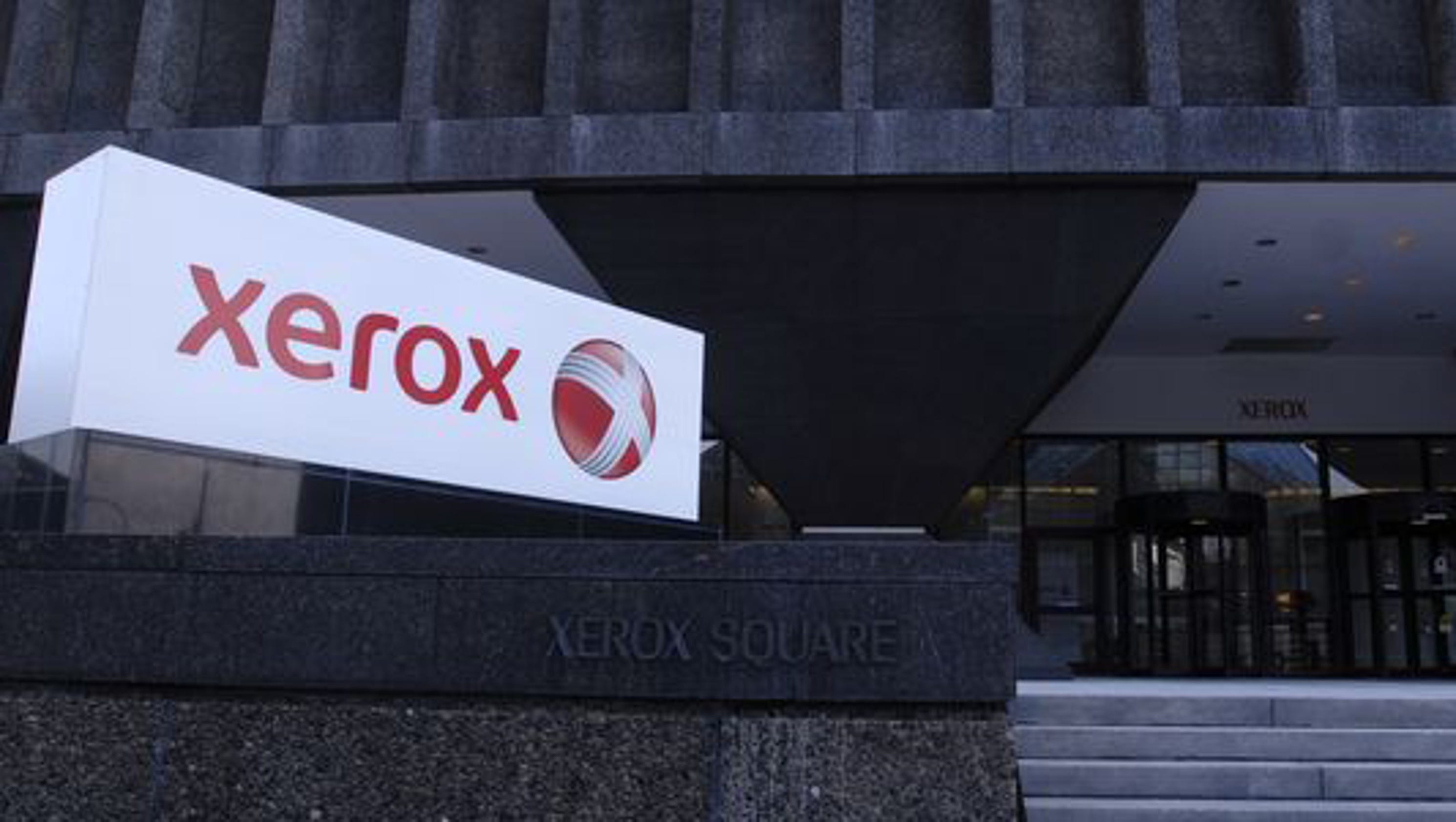 Xerox CEO Jacobson, board will remain for now as deal to remove leadership team expires