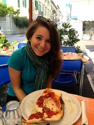 Jenna Intersimone enjoying some pizza in Pisa.