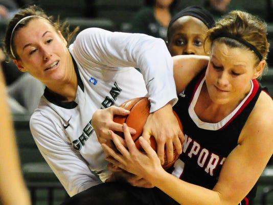 GPG UWGB_Davenport Womens Basketball