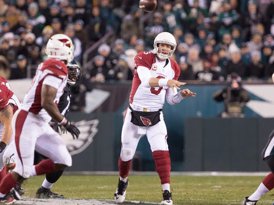 Arizona Cardinals quarterback Carson Palmer (3) passes against the Philadelphia Eagles at Lincoln Financial Field.
