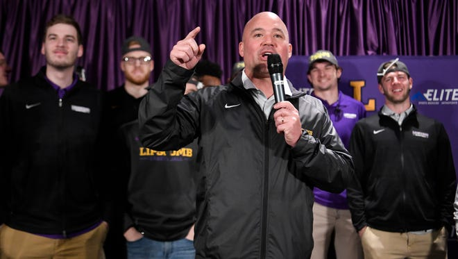 Lipscomb basketball coach Casey Alexander thanks students for welcoming their basketball team home after they won Atlantic Sun Conference championship Monday, March 5, 2018 in Nashville, Tenn.