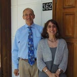 The Reform Temple of Putnam Valley announces the appointment of Rabbis Steve Altarescu and Laurie Levy.