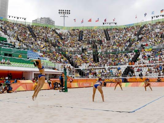 2016-8-7 beach volleyball zika