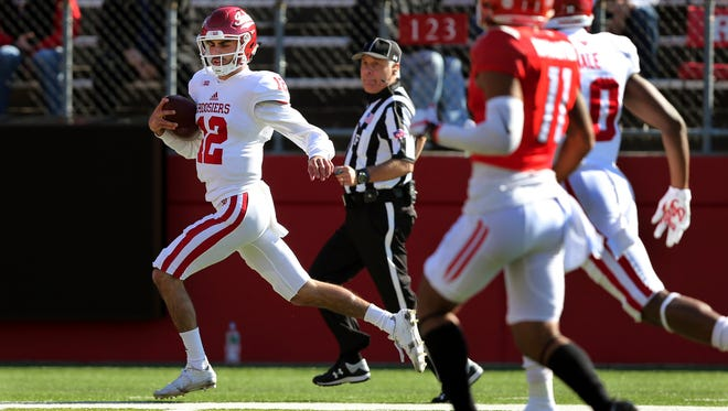 Indiana quarterback Zander Diamont (12) runs for a touchdown during the first half of a NCAA college football game against Rutgers Saturday, Nov. 5, 2016, in Piscataway, N.J. (AP Photo/Mel Evans)