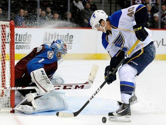 Blues Avalanche Hockey (2)