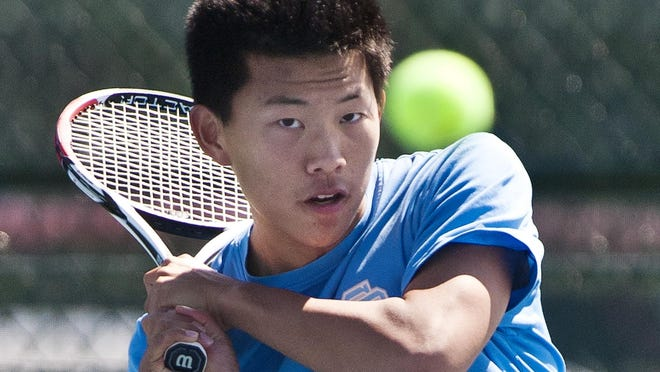 Essex's David Ro hits a backhand during a tennis match in 2013.
