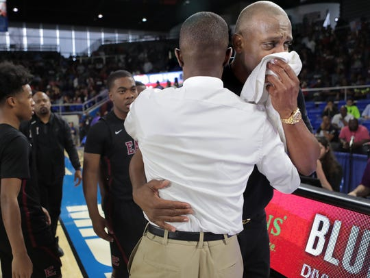 Memphis East coach Anfernee Hardaway becomes emotional