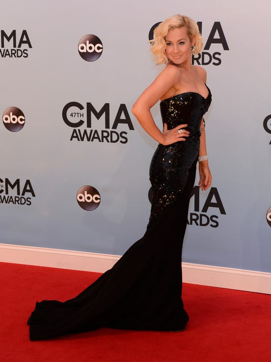 XXX CMA-AWARDS-PICKLER-jy-0899