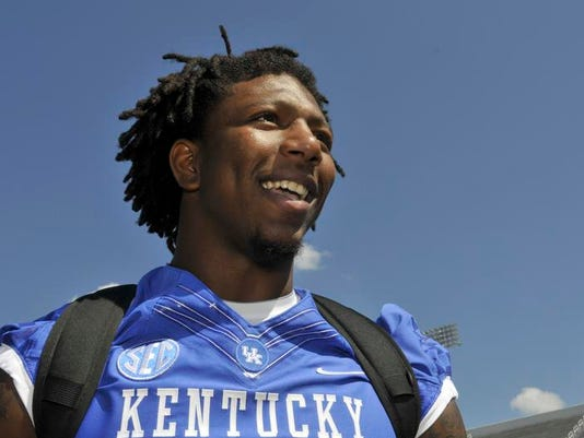 online retailer 06b0c 3c743 Kentucky football junior Bud Dupree will return, tailback ...
