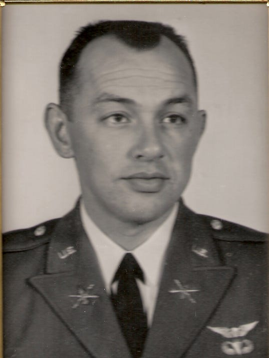 Bob-in-uniform.jpg