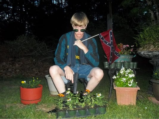 635704991545330389-Dylann-Roof