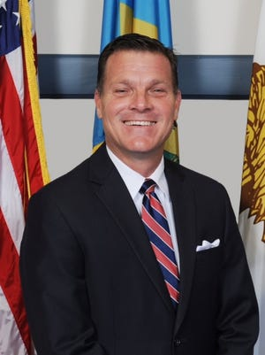 Rob Arlett serves as the National Municipal Governments Liaison to the 58th Presidential Inauguration Committee.