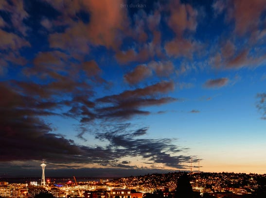 """""""Last night's sunset may have been the last picturesque ones for a while as clouds and rain have been forecasted for the next several days [in Seattle]."""""""
