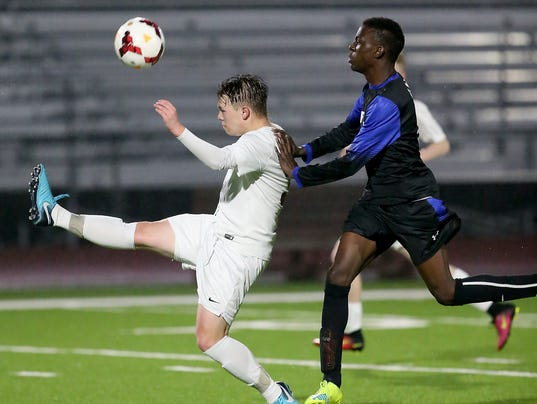 SK-Soccer-vs-Curtis-02.JPG