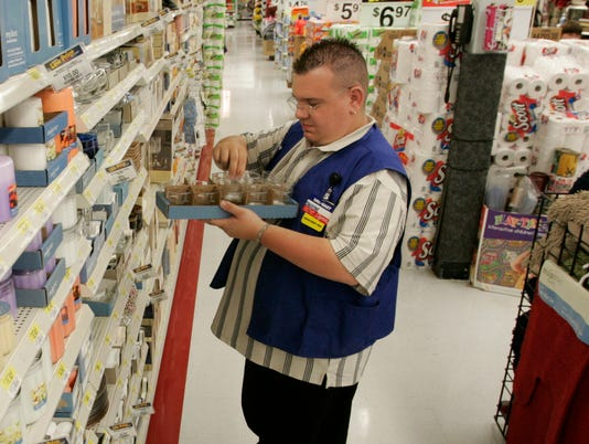Walmart Set To Raise Department Manager Pay
