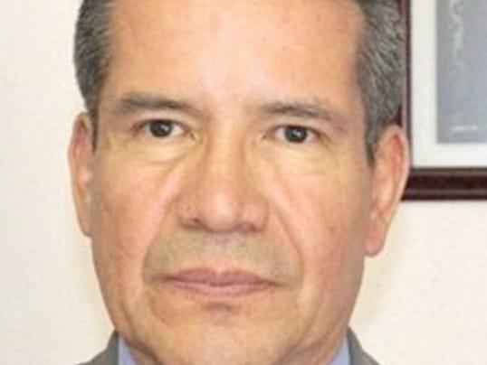 1392245986000-Consul-Roberto-Rodriguez-Hernandez