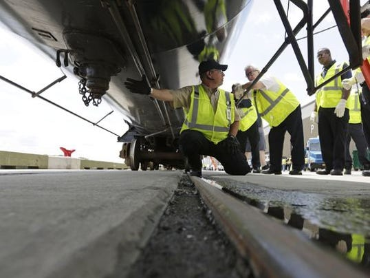 1409575709000-AP-NY-Oil-Trains-Safety-Training