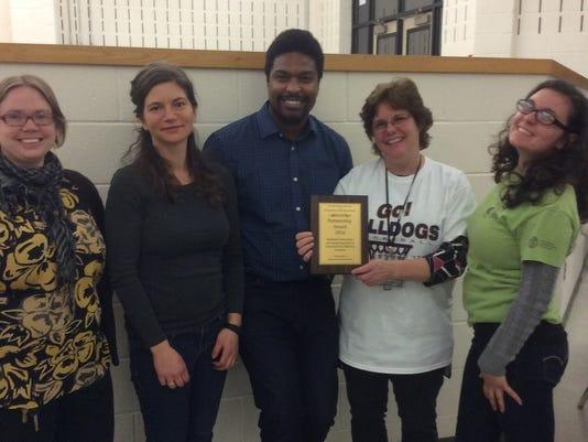 recipients-of-SNA-farm-to-school-partnership-award.jpg