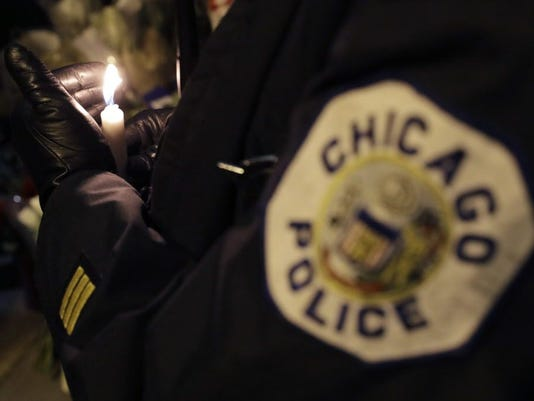 AP CHICAGO POLICE SHOOTING A USA IL