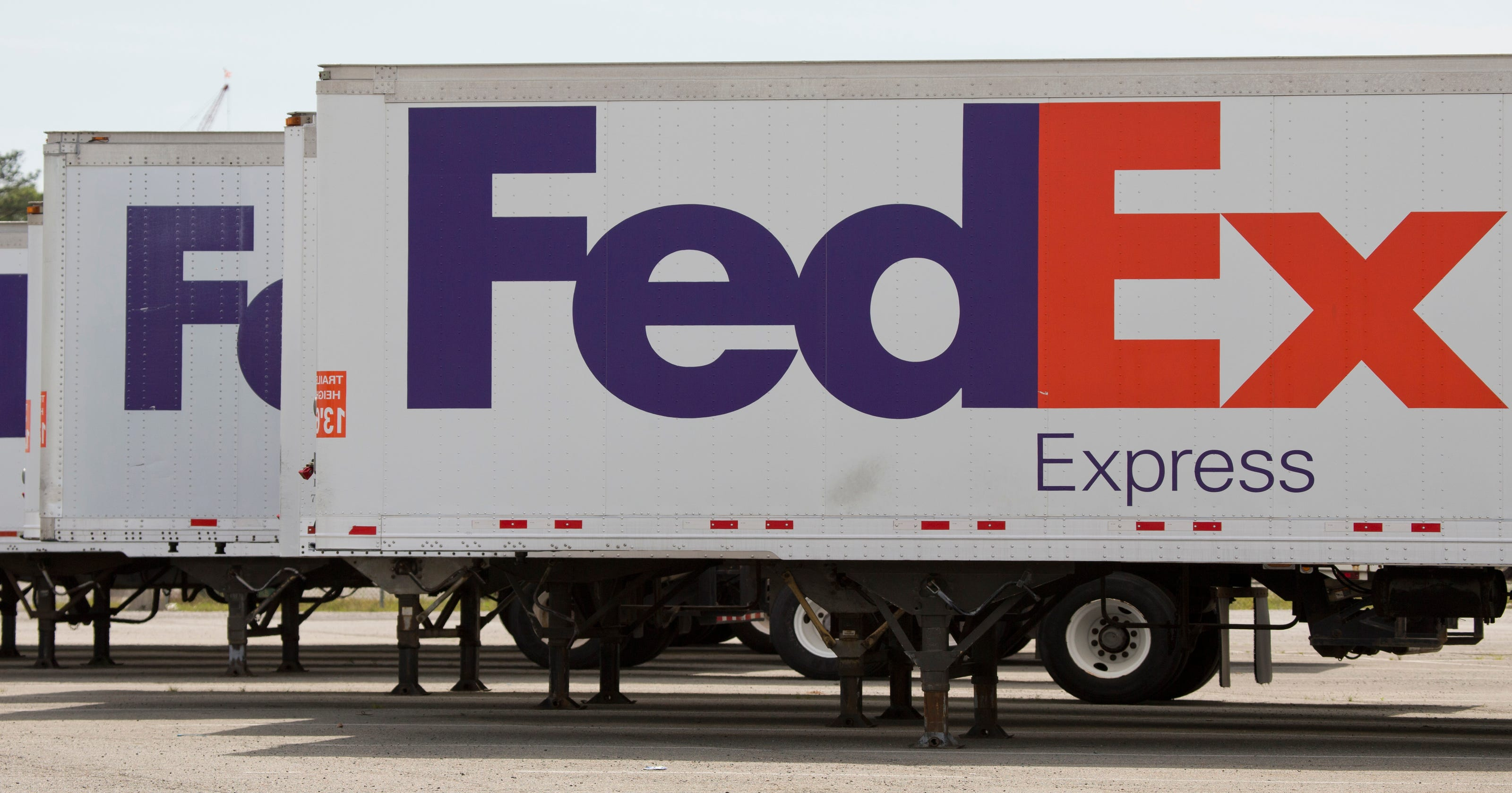 FedEx Office to open in 500 Walmart stores across U S  over next 2 years