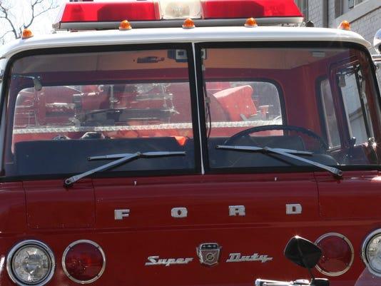 635499261639189247-Fire-truck
