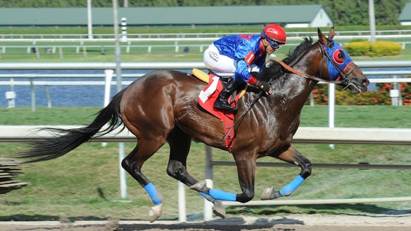 Social Media won Gulfstream Park's open allowance for 3-year-olds in track-record time to beat heavy favorite Honor Code.