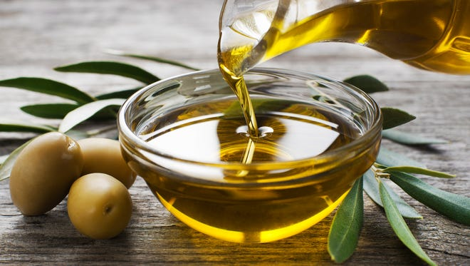 Extra-virgin olive oil protects memory and staves off Alzheimer's disease, according to Temple University researchers.