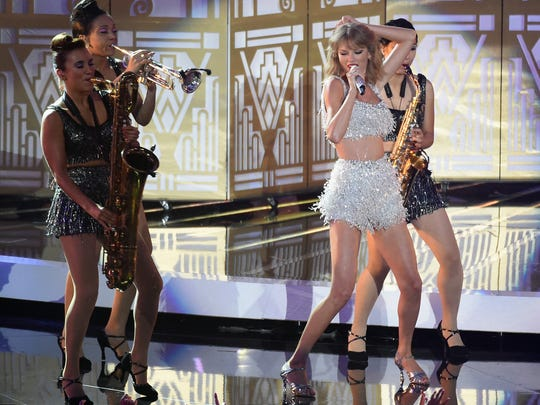 Taylor Swift performs onstage during the 2014 MTV Video Music Awards at The Forum on August 24, 2014 in Inglewood, California.
