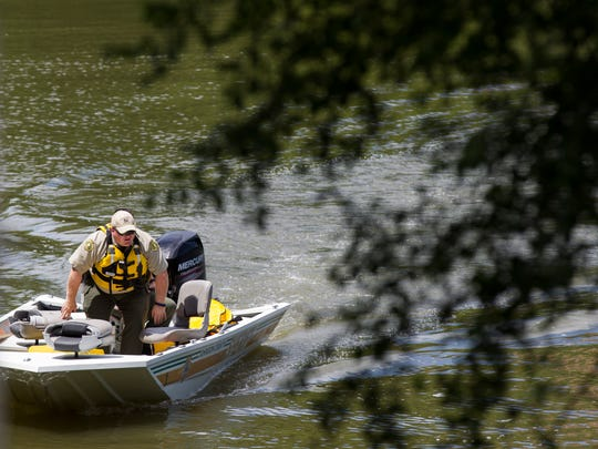 Johnson County Sheriff search crews and Johnson County