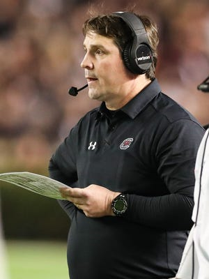 South Carolina coach Will Muschamp picked up a pair of signings Wednesday with Rick Sandidge and Dylan Wonnum.