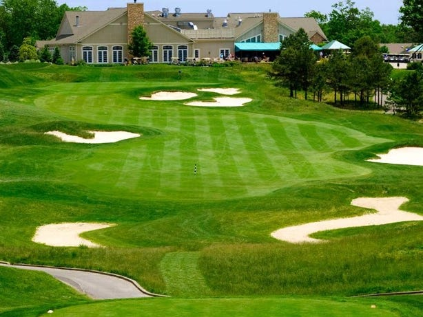 Win a chance to play golf at Eagle Ridge Golf Club in Ocean County!Enter 4/10-4/30.