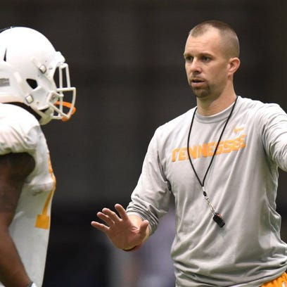 Tennessee wide receivers coach Zach Azzanni gives instruction during spring practice at the Anderson Training Center on Thursday, March 24, 2016. (ADAM LAU/NEWS SENTINEL)