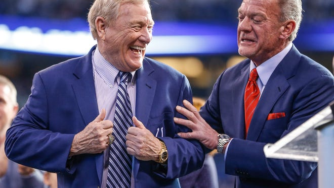 Bill Polian, left, who spent 14 years as general manager of the Indianapolis Colts, alongside Colts owner Jim Irsay, is inducted into the Colts Ring of Honor on Sunday, Jan. 1, 2017. Polian becomes the 13th member added to the Colts Ring of Honor.