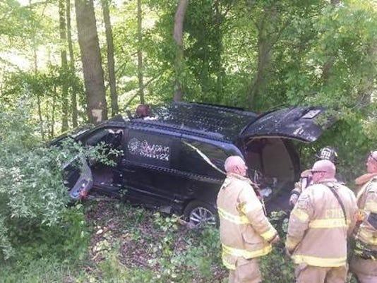 mortuary-services-van-crash-1_crop