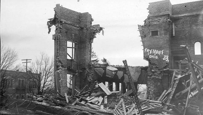 This photo shows the collapse of the façade of Ross High School during its construction in 1909.