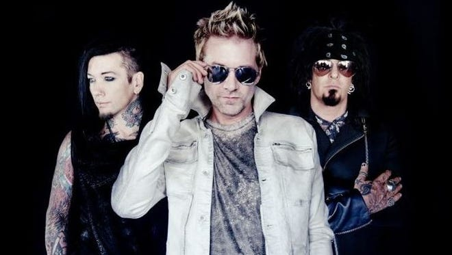 Sixx A.M. will play Fort Rock on May 1